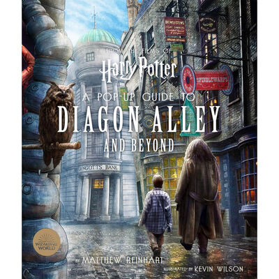 Harry Potter: A Pop-Up Guide to Diagon Alley and Beyond image number 1