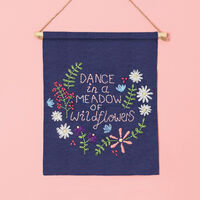 Simply Make - Embroidery Kit Wall Hanging
