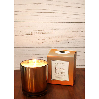 Gold Silver Berry Burst Scented Candle image number 4