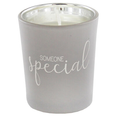 Someone Special Fresh Vanilla Candle image number 3