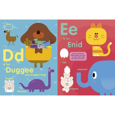 Hey Duggee: ABC: Alphabet Sticker Book image number 4