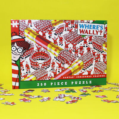 Where's Wally? Santas Christmas Cracker 250 Piece Jigsaw Puzzle image number 3