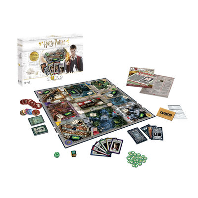 Harry Potter Cluedo Board Game image number 2