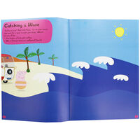 Peppa Pig: Off To The Seaside Sticker Activity Book